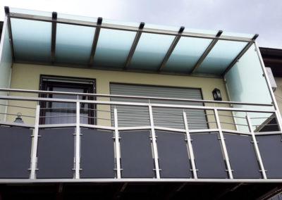 Balkon mit Dach